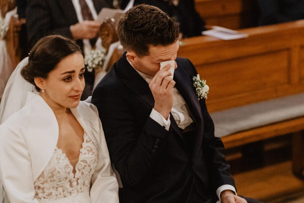 Tränen während der Trauung